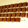 チョコレートのギフトボックスは14日から並び始めます。
