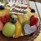 申し訳ございません。今週末、2月27日(土)28日(日)のデコレーションケーキご予約が終了しました。