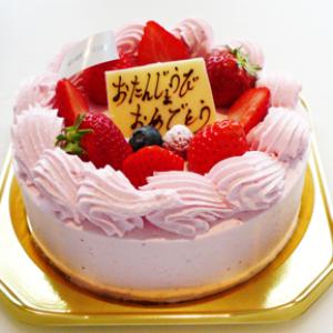 ピンクデコレーションケーキ