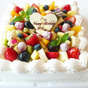 スペシャルデコレーションケーキ