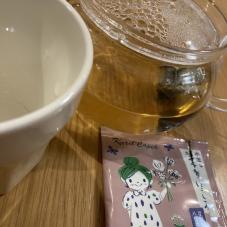 カレルチャペック紅茶店の新作「ライチ香り ほうじ茶」