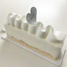 新作ケーキ「レアチーズケーキ」