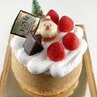 クリスマスケーキのカタログ、本日よりお渡しいたします。